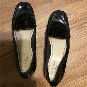 Anne Klein Shoes Sz 8-1/2M